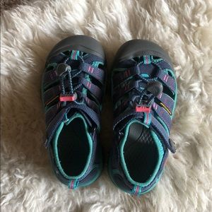 Used Kid Sandals size 12